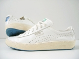 <h5>WIMBLEDON</h5><p>LATE 70S MADE IN YUGOSLAVIA image: shemonster.de</p>